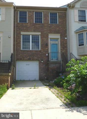 Single Family for Sale at 21742 Leatherleaf Cir Sterling, Virginia 20164 United States