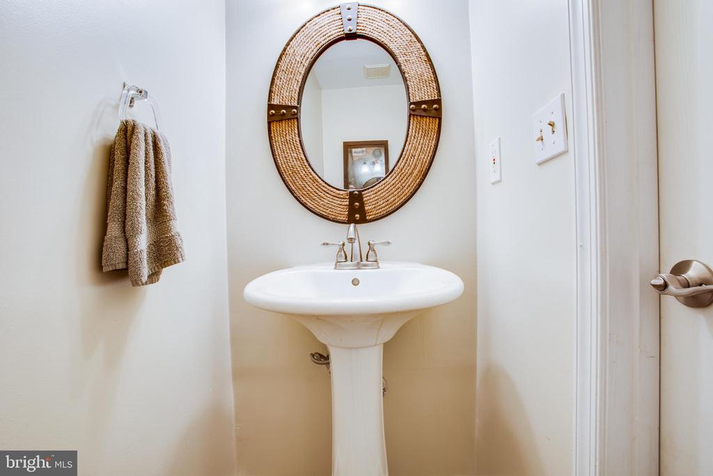 Half bath on lower level - 400 WATERS COVE CT, STAFFORD
