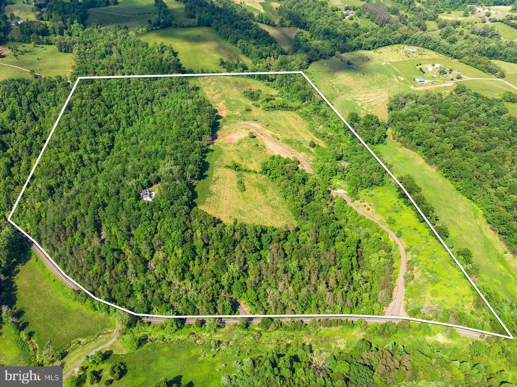 6217  WILSON ROAD, Marshall in FAUQUIER County, VA 20115 Home for Sale