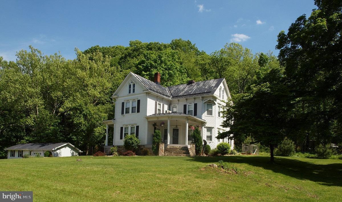 Single Family Homes のために 売買 アット Franklin, ウェストバージニア 26807 アメリカ