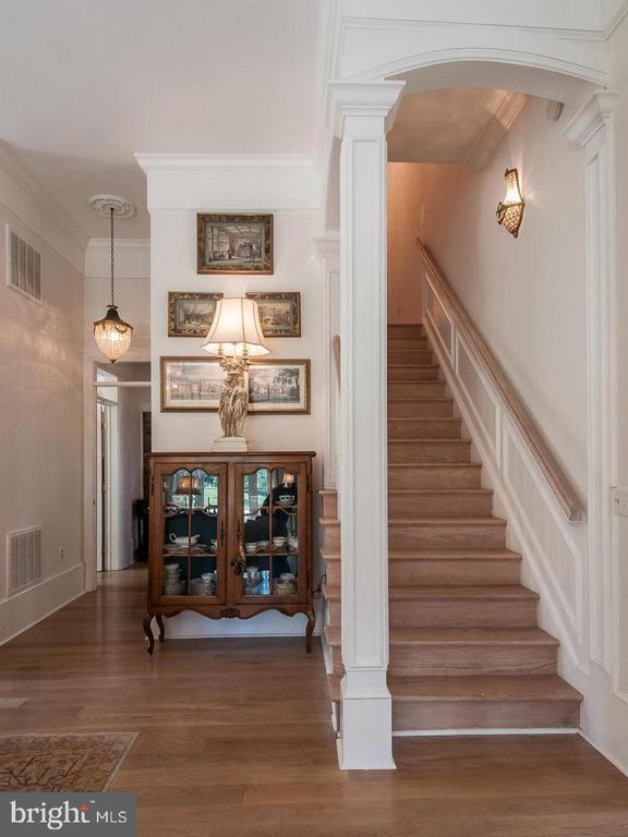 One of two stairways to second floor - 19729 RIDGESIDE RD, BLUEMONT