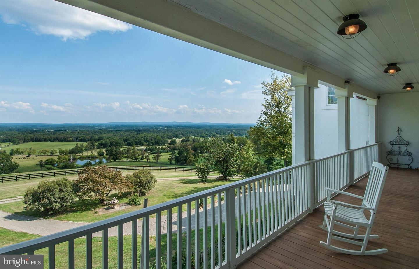 Additional photo for property listing at  Bluemont, バージニア 20135 アメリカ