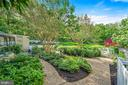 Beautiful Gardens - 39455 DIGGES VALLEY RD, HAMILTON