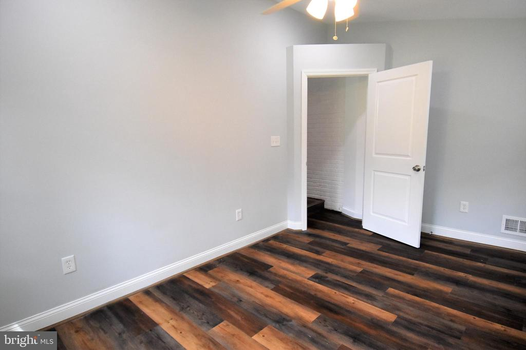 Could Be 5th Bedroom, Office or Home School Area - 9736 53RD AVE, COLLEGE PARK