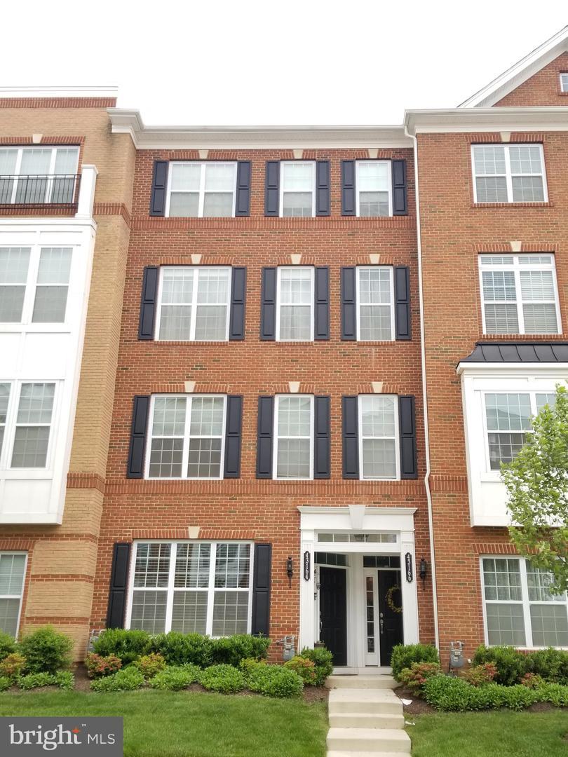 Single Family for Sale at 43166 Wealdstone Ter Ashburn, Virginia 20148 United States