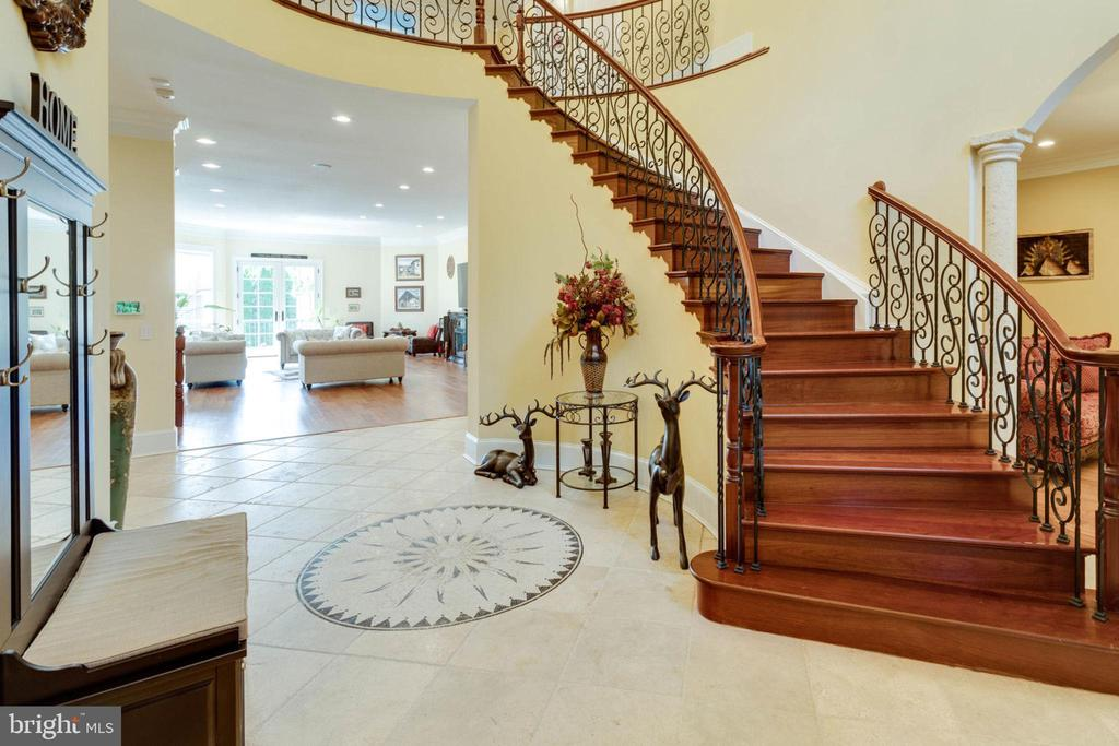 Foyer - 5315 OX RD, FAIRFAX