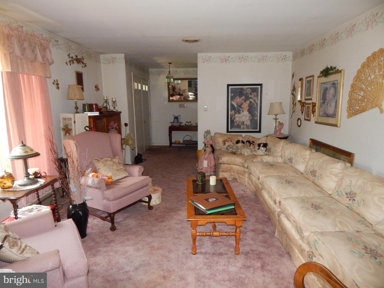 Additional photo for property listing at 190 Tudor Inwood, West Virginia 25428 United States