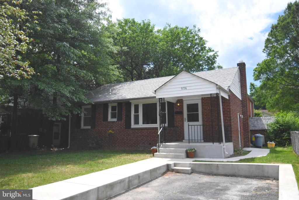 Private Driveway Provides Off Street Parking - 9736 53RD AVE, COLLEGE PARK
