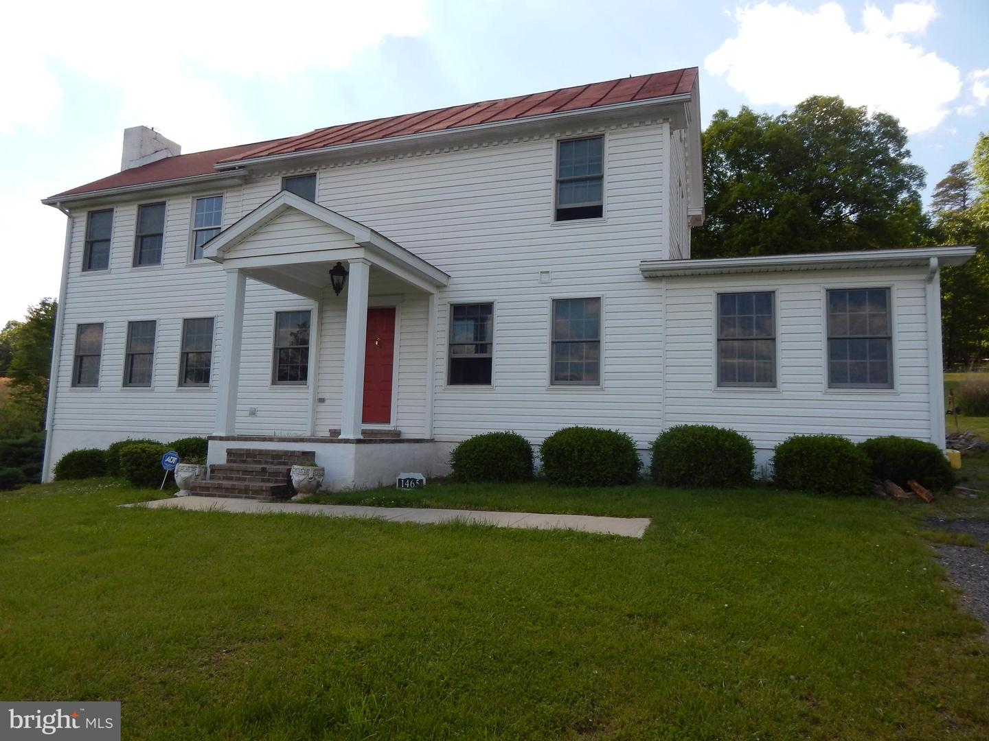Single Family for Sale at 1465 Henry O Michael Rd Berkeley Springs, West Virginia 25411 United States