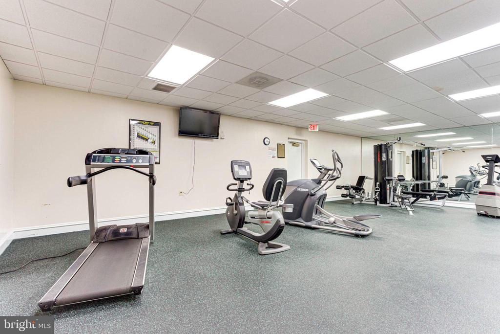 No need to pay extra for the gym - 5563 SEMINARY RD #412, FALLS CHURCH