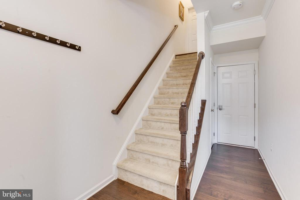 Foyer with Wood flooring! - 23143 FLORA MURE DR, ASHBURN
