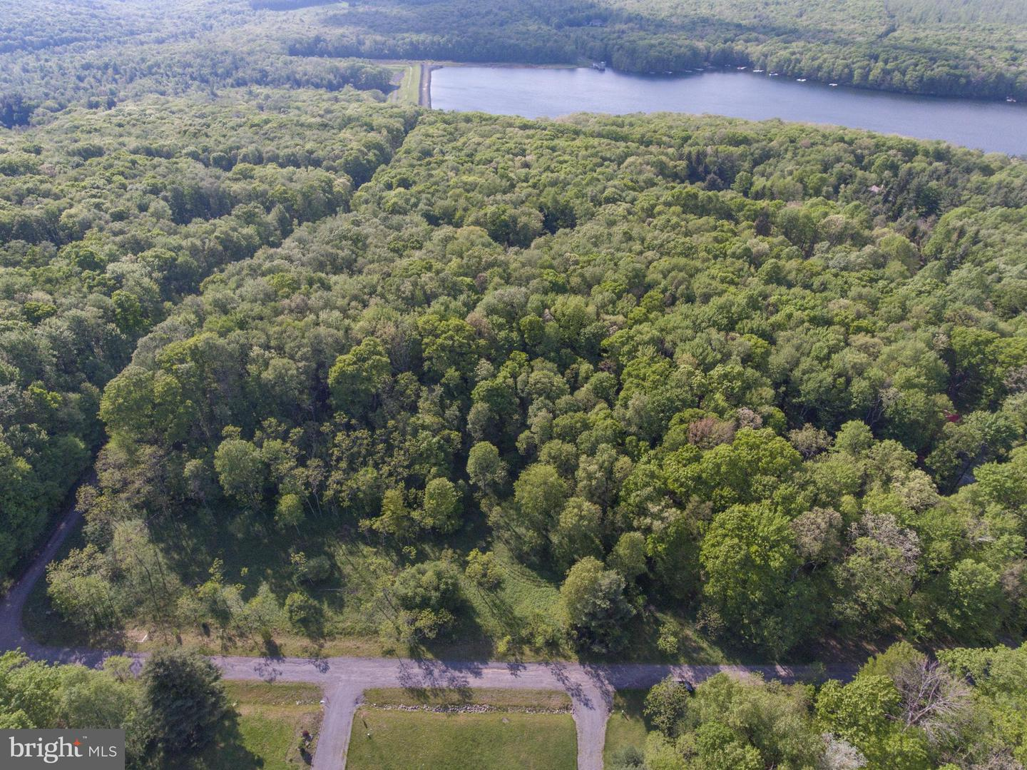 Land for Sale at Lot 28 Deerfield Oakland, Maryland 21550 United States