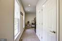 Mud Room - 41521 GOSHEN RIDGE PL, ALDIE