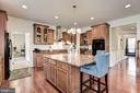 Desirable Open Kitchen - 41521 GOSHEN RIDGE PL, ALDIE