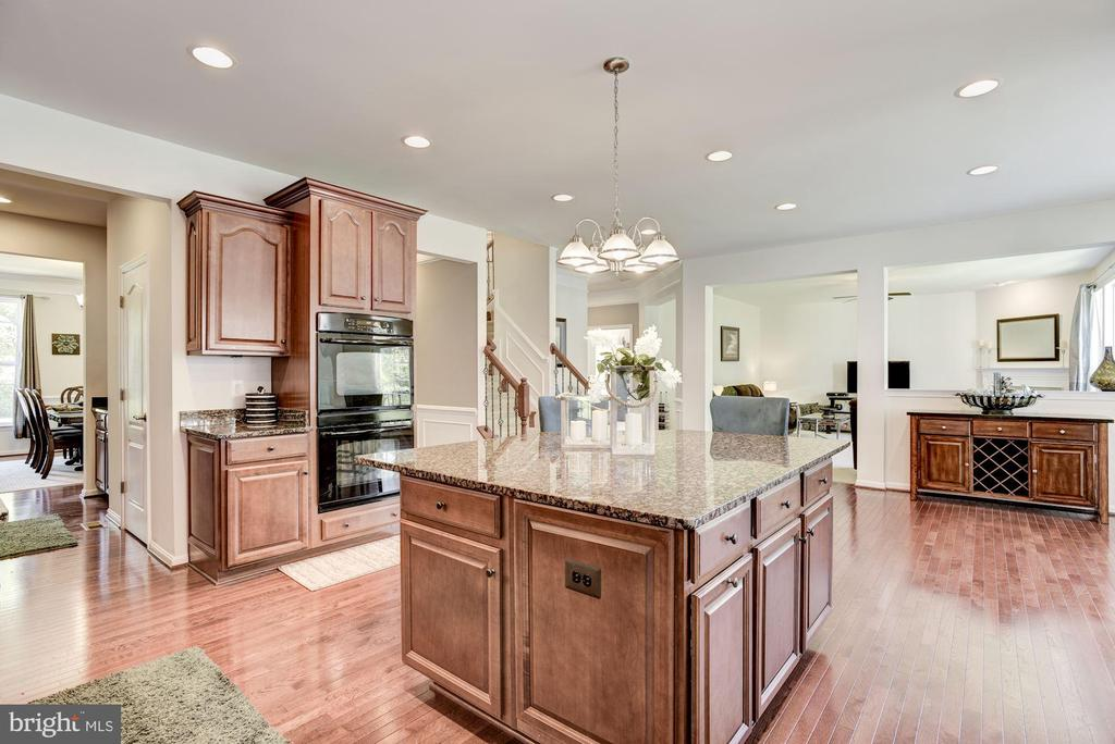 Granite Counter Tops - 41521 GOSHEN RIDGE PL, ALDIE