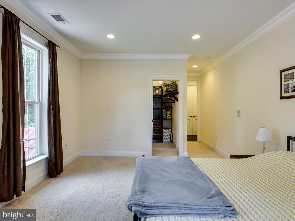 Bedroom - 5315 OX RD, FAIRFAX