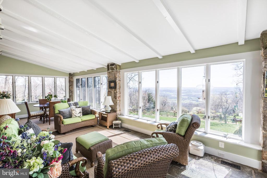 The sunroom was originally the front porch - 18490 BLUERIDGE MOUNTAIN RD, BLUEMONT