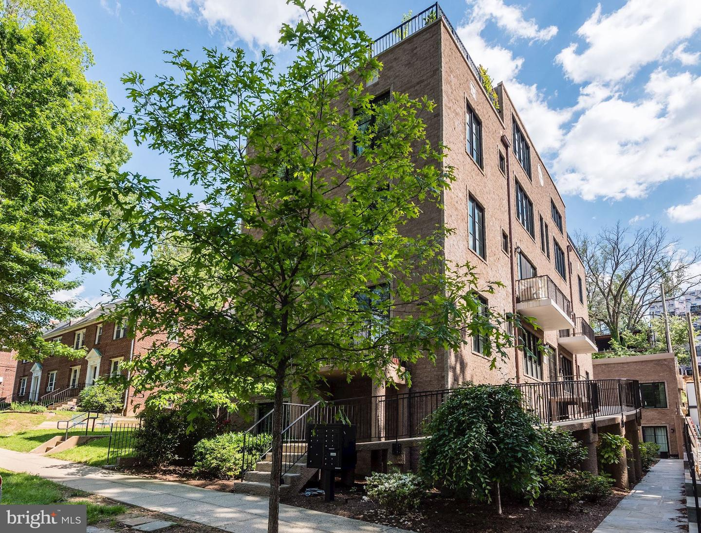 Single Family for Sale at 4004 Edmunds St NW #7 4004 Edmunds St NW #7 Washington, District Of Columbia 20007 United States