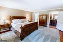 The Master Bedroom - 18490 BLUERIDGE MOUNTAIN RD, BLUEMONT