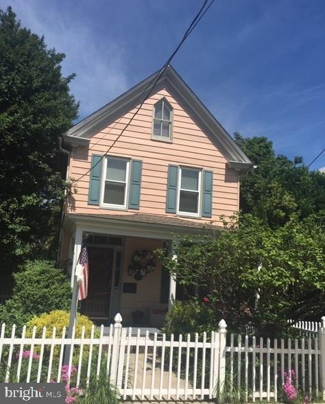 Single Family for Sale at 113 West End Ave Cambridge, Maryland 21613 United States