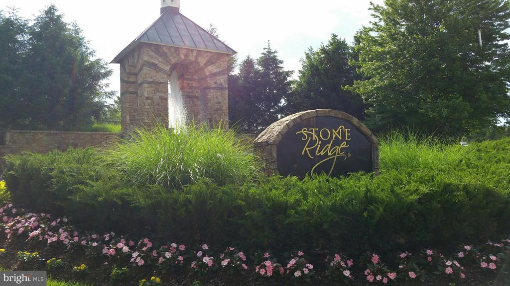 Stone Ridge Entrance - 41521 GOSHEN RIDGE PL, ALDIE