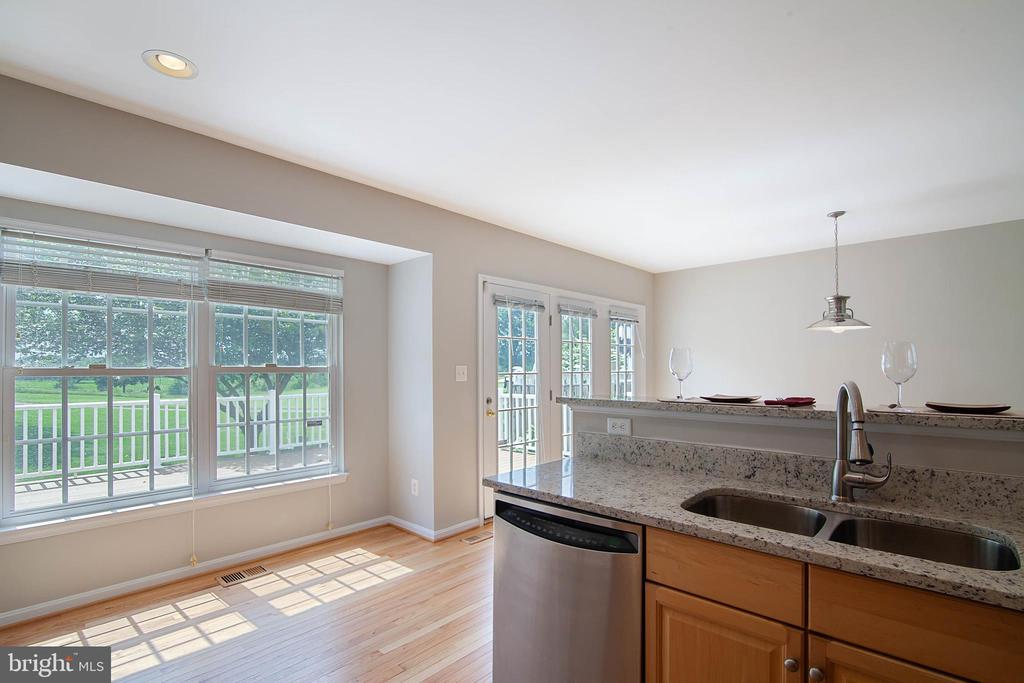 Kitchen - 6170 TOLEDO PL, HAYMARKET