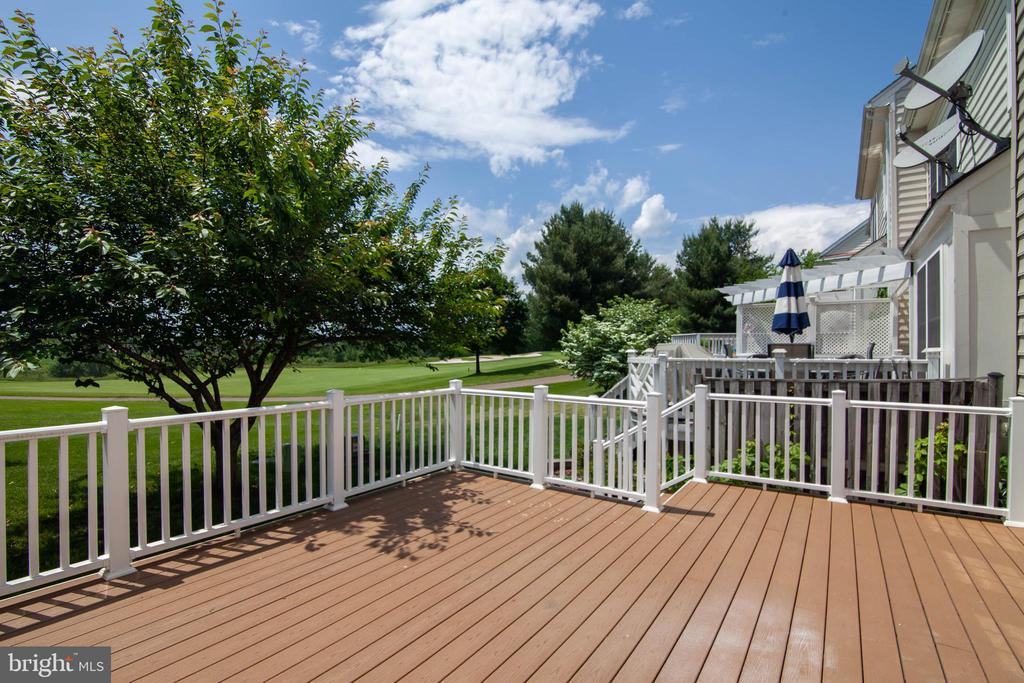 Deck overlooking Golf Course - 6170 TOLEDO PL, HAYMARKET