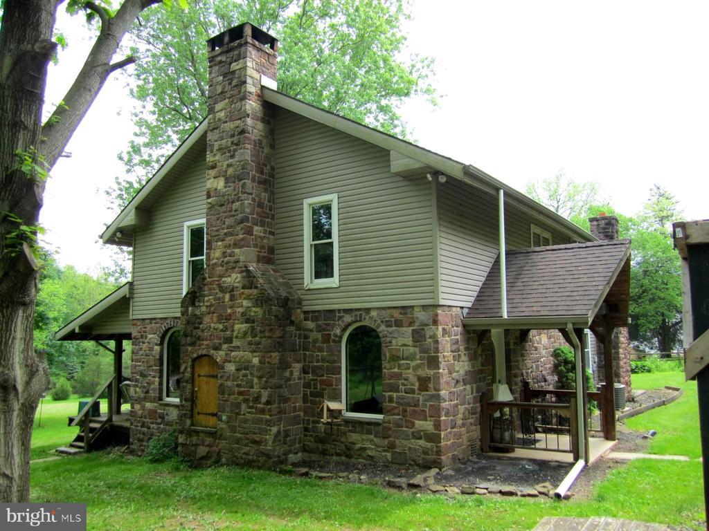 232  MANSION HOUSE ROAD, Manheim, Pennsylvania