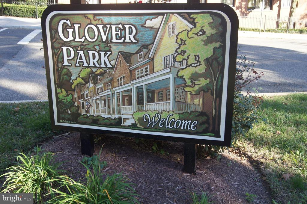 Welcome to Glover Park! - 3900 TUNLAW RD NW #317, WASHINGTON