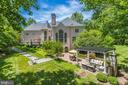 Incredible backyard for outdoor entertaining! - 10010 HIGH HILL PL, GREAT FALLS