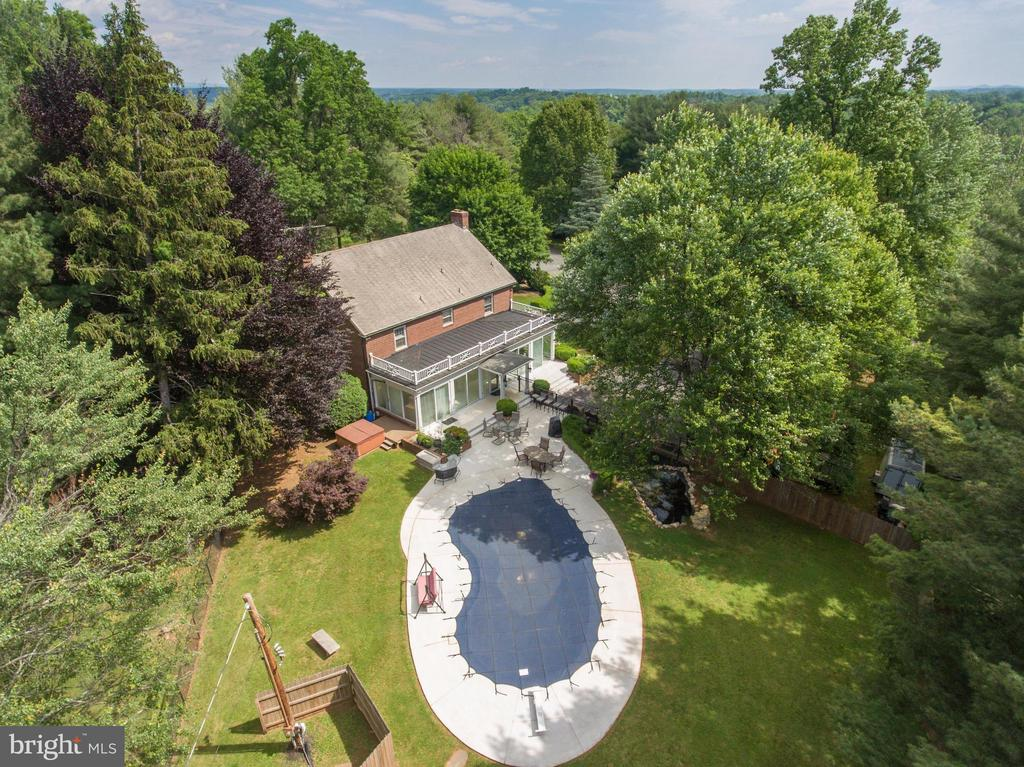 You are just in time for pool season - 6964 BROWNTOWN RD, FRONT ROYAL
