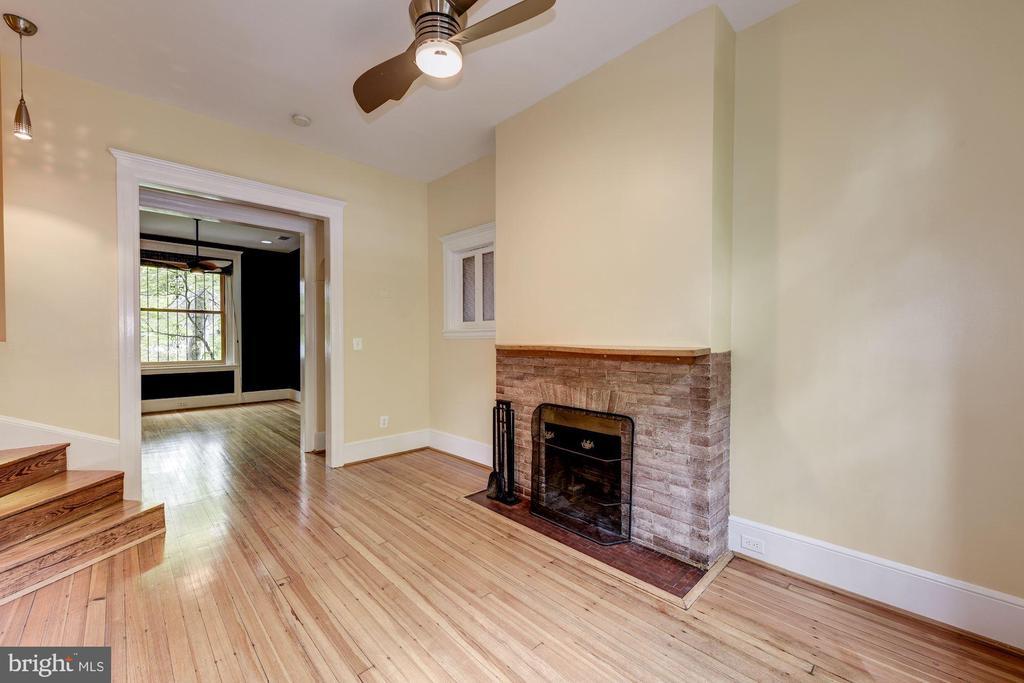 Foyer Fireplace - 2506 CLIFFBOURNE PL NW, WASHINGTON