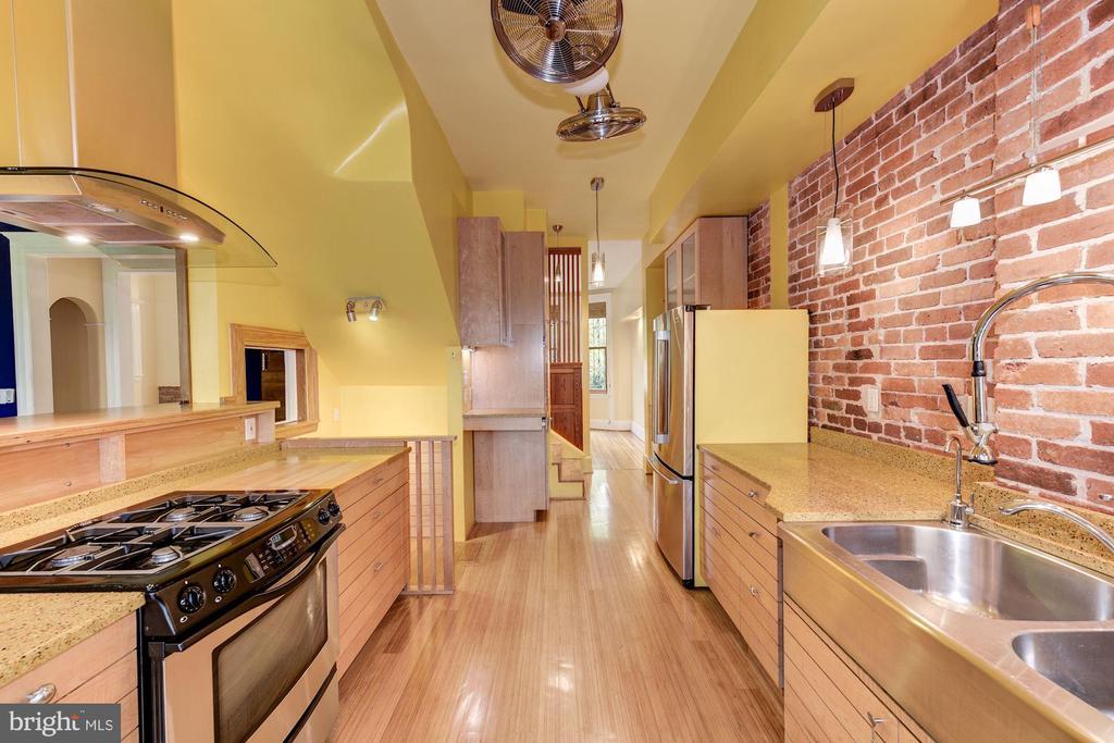 Eco-Friendly Renovation - 2506 CLIFFBOURNE PL NW, WASHINGTON