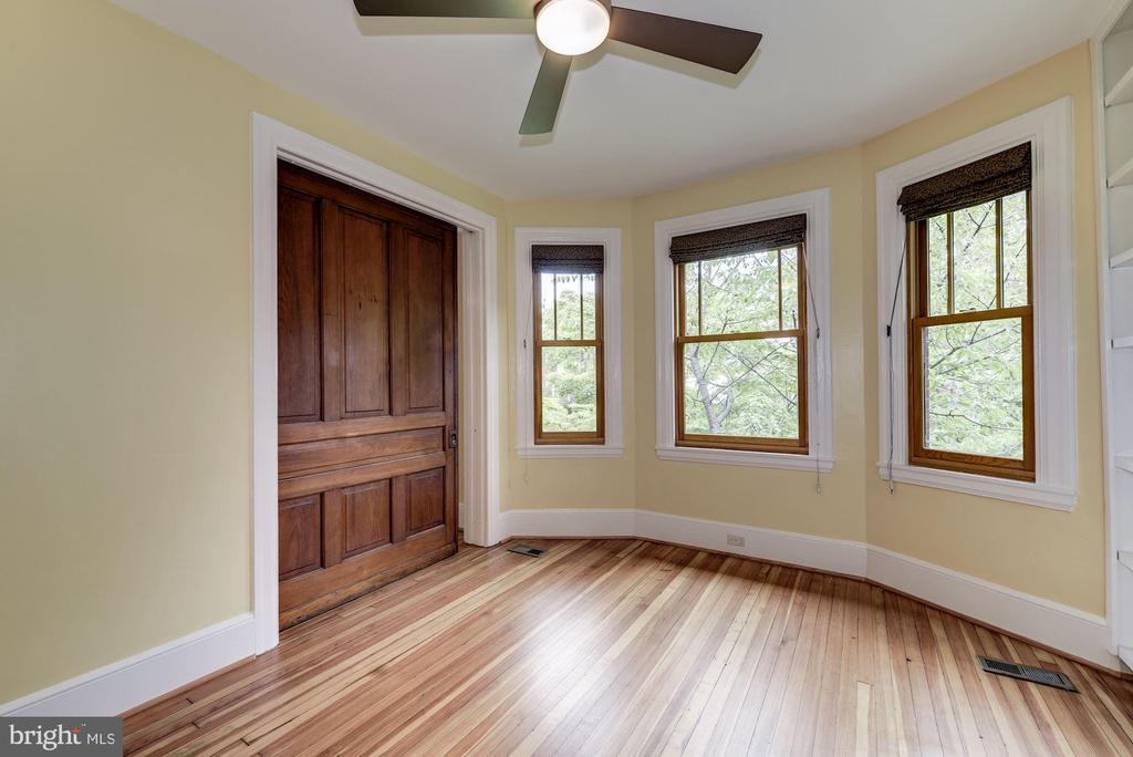 Pocket Door Between Bedroom 1 & 2 - 2506 CLIFFBOURNE PL NW, WASHINGTON