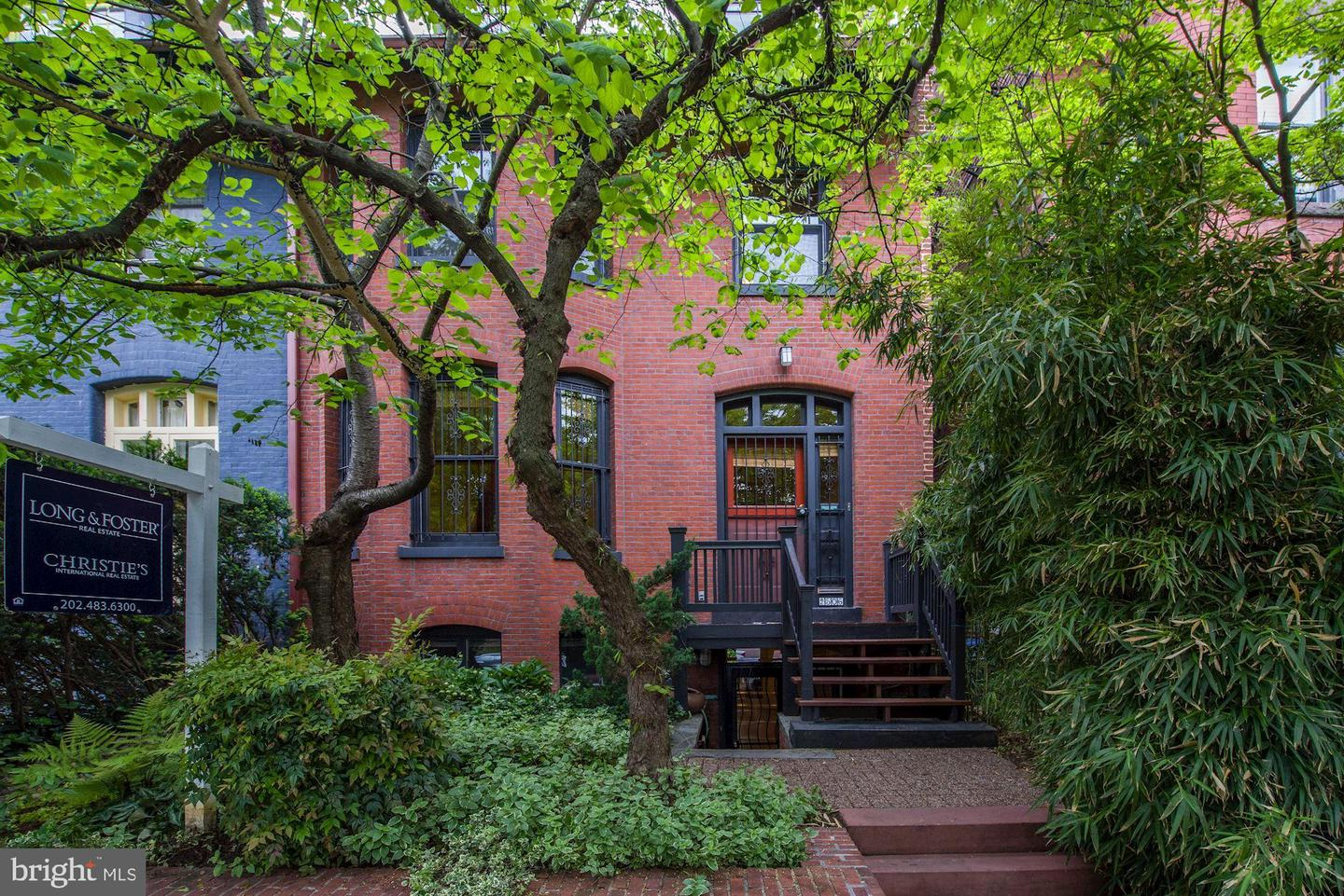 Single Family for Sale at 2506 Cliffbourne Pl NW Washington, District Of Columbia 20009 United States