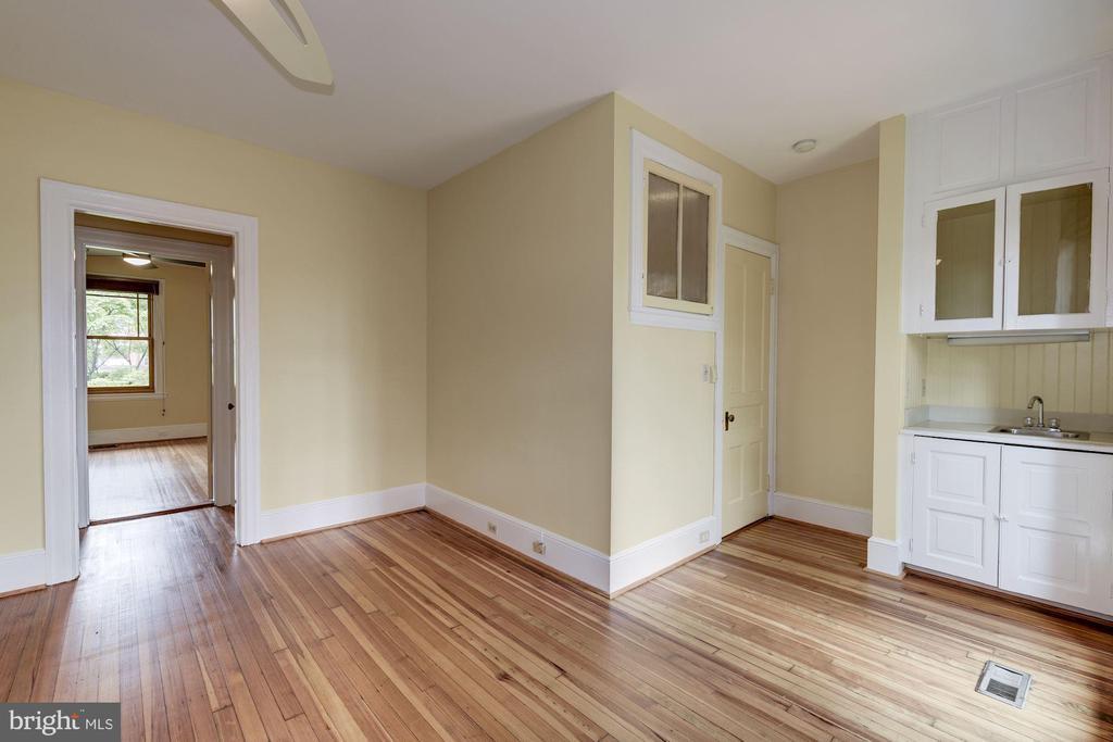 Bedroom 3 - 2506 CLIFFBOURNE PL NW, WASHINGTON