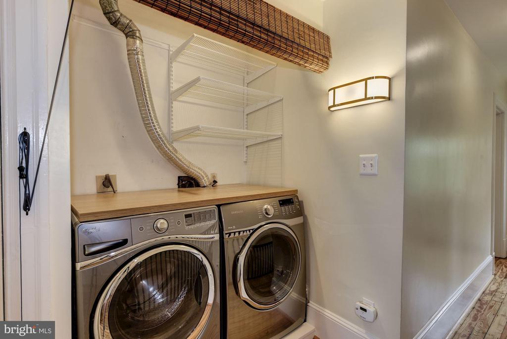 Convenient 3rd Floor Laundry - 2506 CLIFFBOURNE PL NW, WASHINGTON