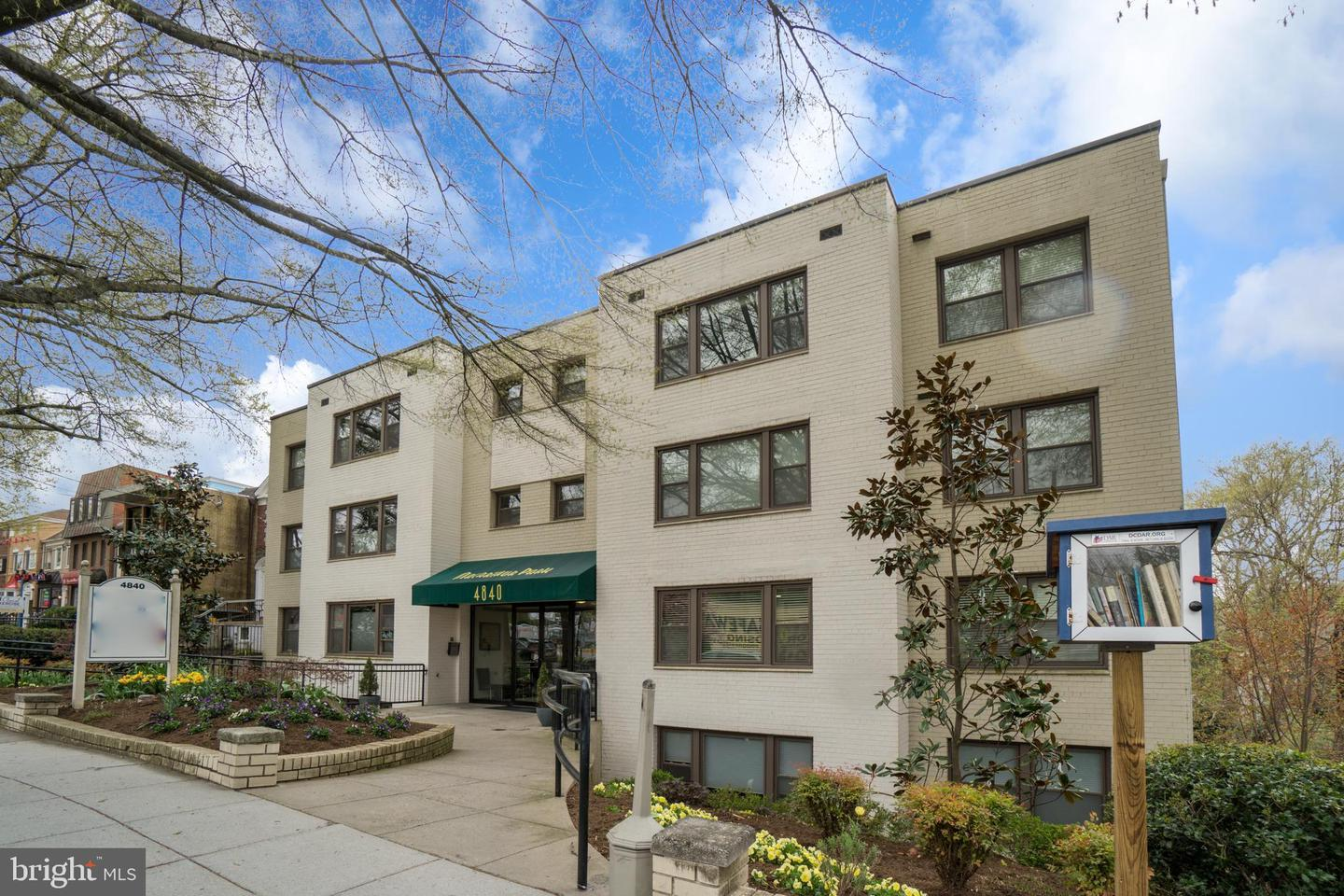 Single Family for Sale at 4840 Macarthur Blvd NW #205 Washington, District Of Columbia 20007 United States