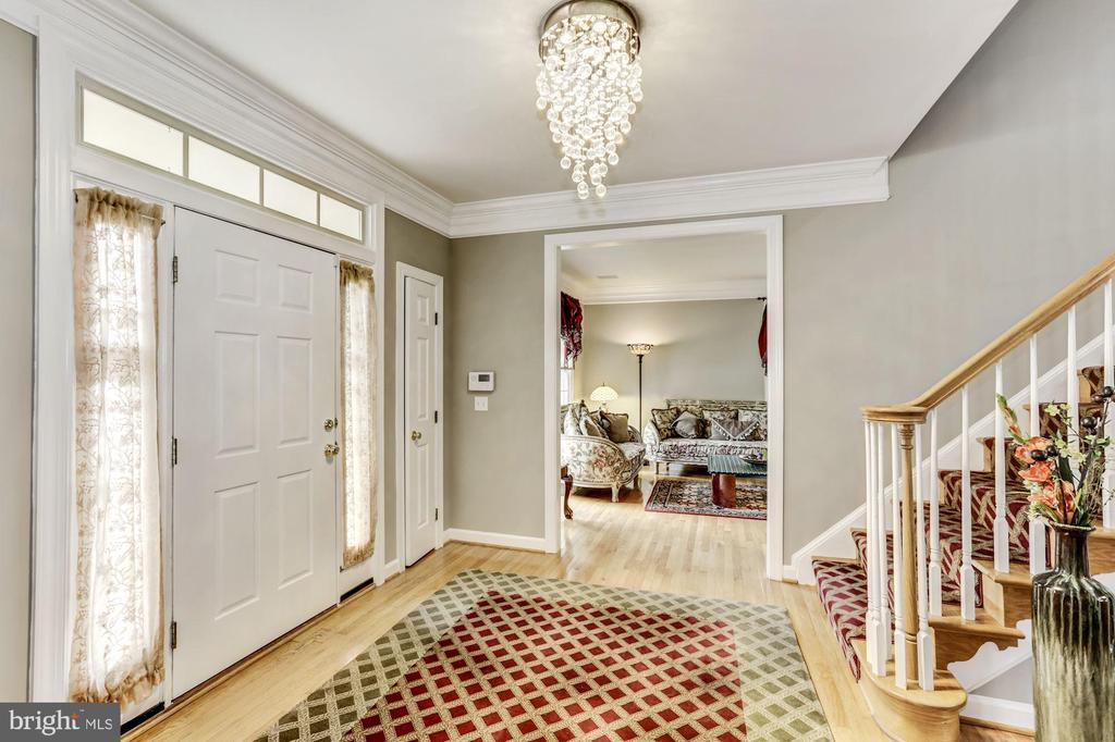 Foyer - 43255 TISBURY CT, CHANTILLY