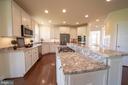 Large Kitchen - 208 SAINT ANDREWS CT, WINCHESTER