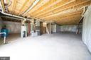 Full Unfinished Walk out Basement - 208 SAINT ANDREWS CT, WINCHESTER
