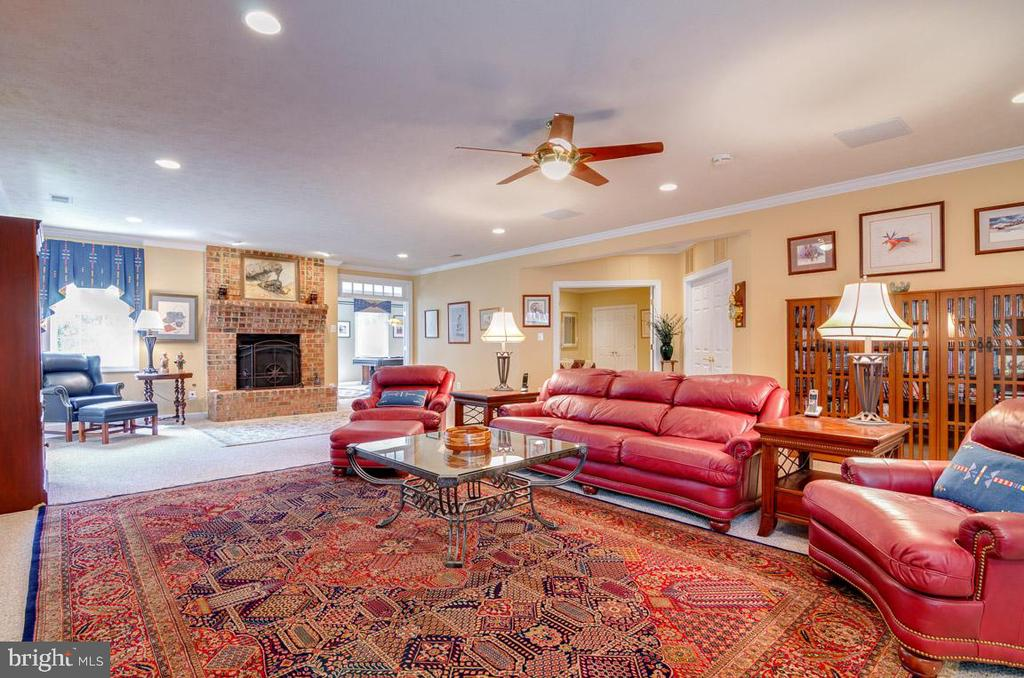 Basement Recreation/ Media Room - 1641 WHITE PINE DR, VIENNA