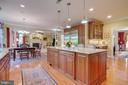 Beautiful Granite counter tops in kitchen - 1641 WHITE PINE DR, VIENNA