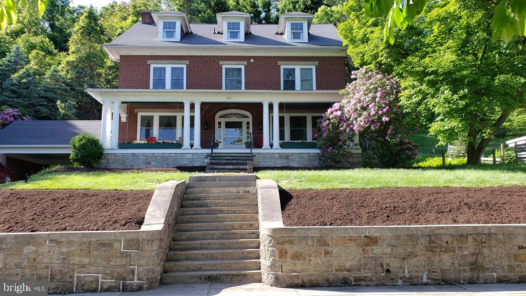 Single Family Homes للـ Sale في Lewistown, Pennsylvania 17044 United States