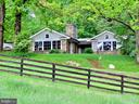 Welcome to aptly named Idyll Time Farm - 43470 EVANS POND RD, LEESBURG