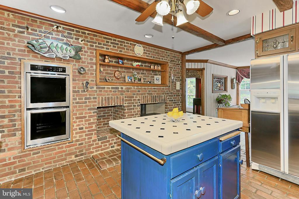 Double  wall oven and wood stove insert - 8317 CATHEDRAL FOREST DR, FAIRFAX STATION