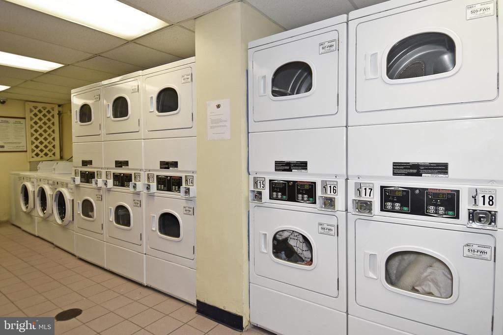 Well Appointed Laundry Room - 1330 NEW HAMPSHIRE AVE NW #311, WASHINGTON
