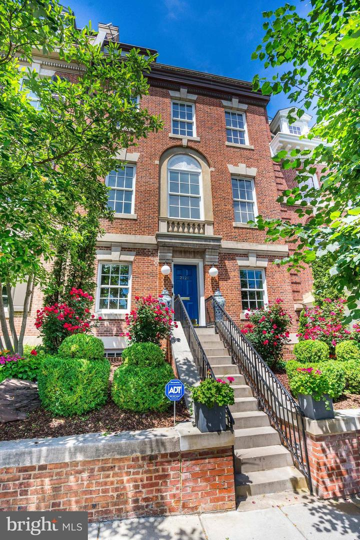 Single Family for Sale at 2121 S St NW 2121 S St NW Washington, District Of Columbia 20008 United States