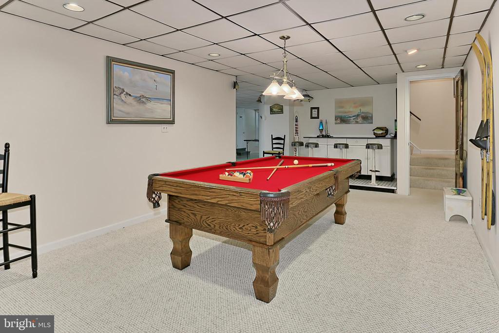 Carpet and tile multi use recreation room - 8317 CATHEDRAL FOREST DR, FAIRFAX STATION