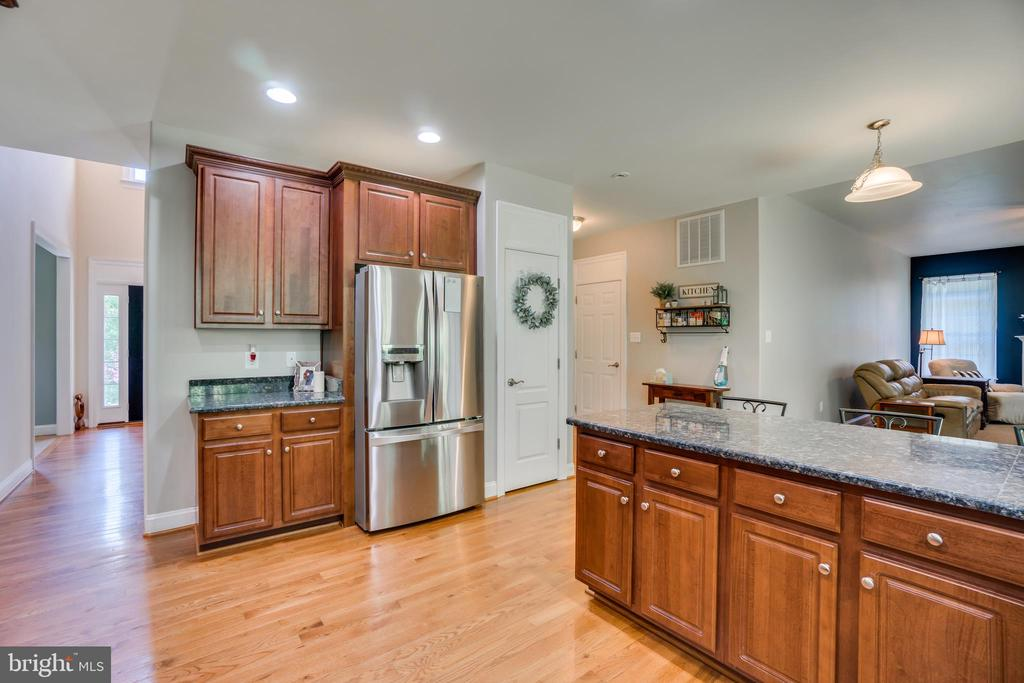 All Stainless Steel Appliances - 2714 BROOKE RD, STAFFORD